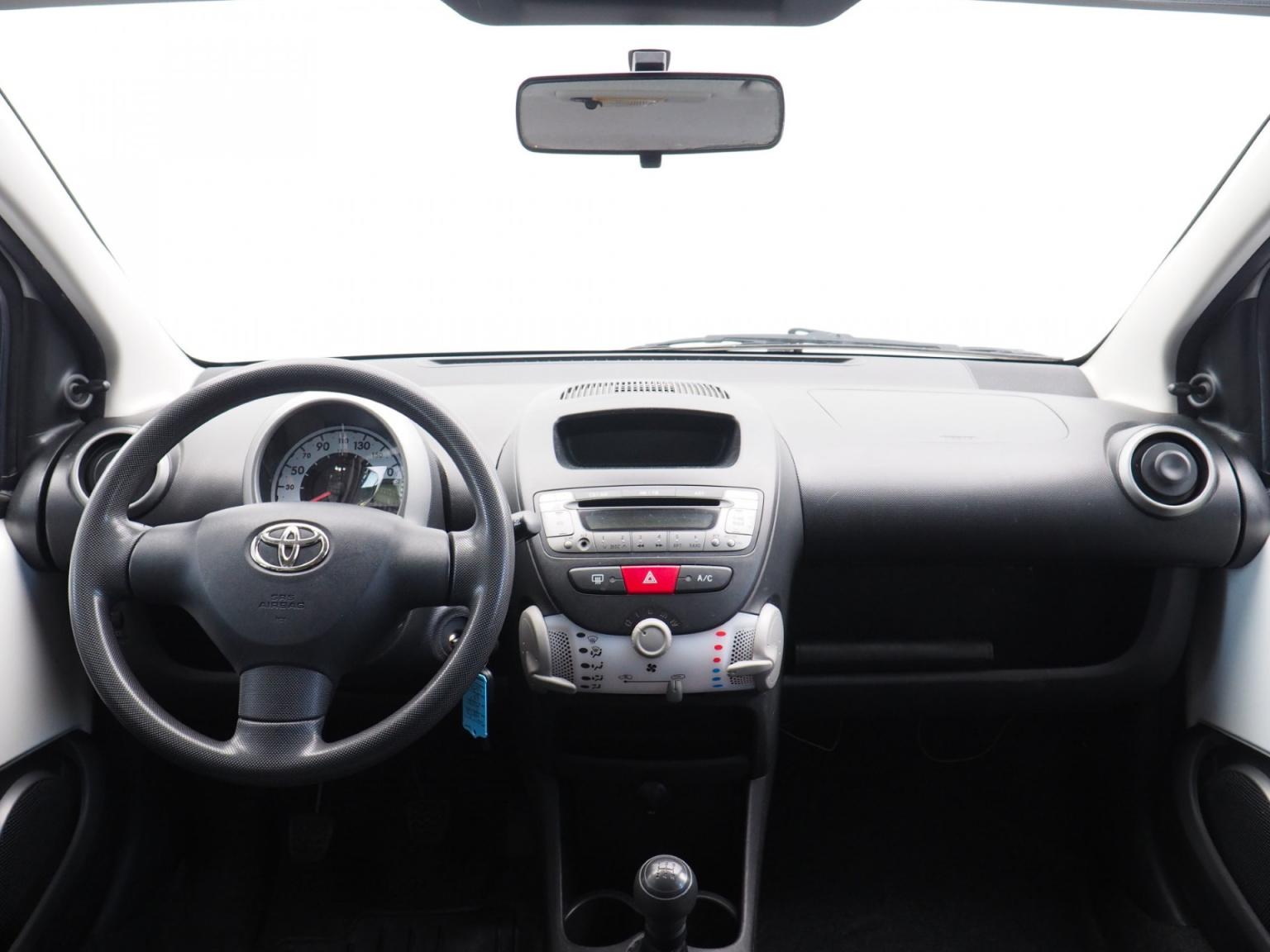 Toyota-Aygo-12
